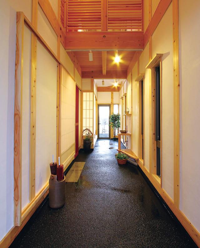 呼吸する漆喰壁が、家族の健康を守ります。