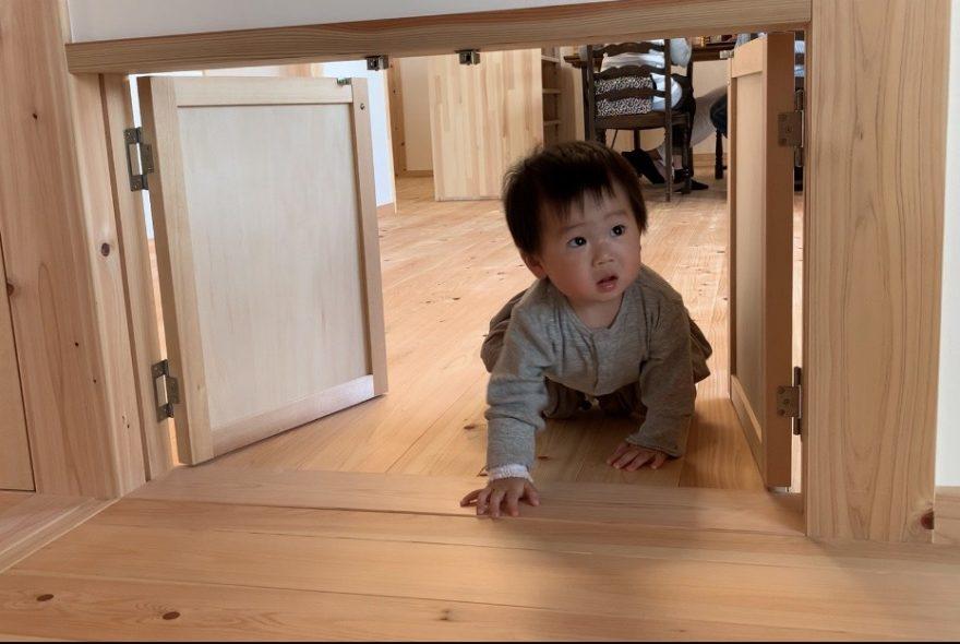 木の家暮らし体験と、木のおもちゃ作り。
